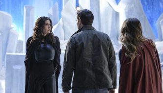 """Supergirl And Mon-El Deal With Lies And A """"Distant Sun"""""""